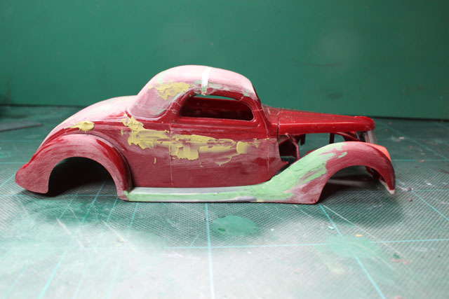<1936 Ford Coupe 製作記> ボンネットを付けての形状確認